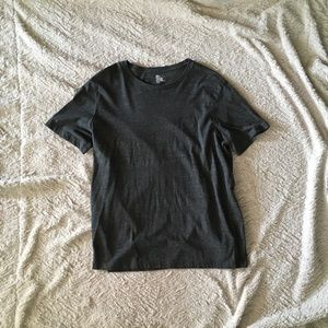 NWOT Men's H&M shirt